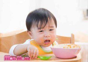 Chăm sóc trẻ biếng ăn